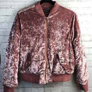 New Look Dusty rose colored velour quilted jacket